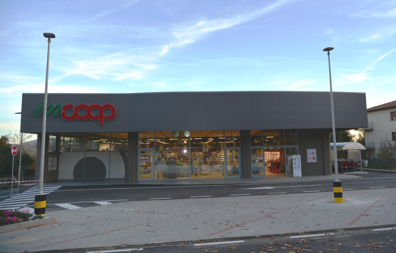 Inaugurata la nuova Coop a Santa Fiora